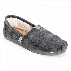 Toms Classic Plaid Wool Shearling Lined Shoes 8